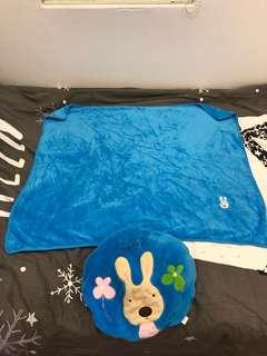 Fleece blanket with bag