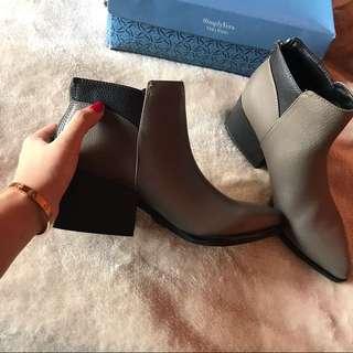 Simply Vera Wang Boots Size 7