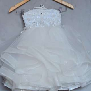 Wedding gown for kid