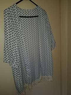 Patterned Kimono/Jacket size 14-16