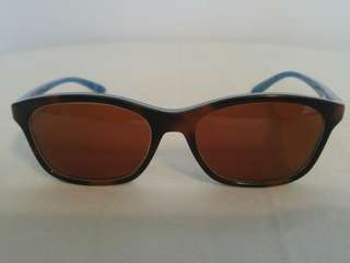 Authentic OAKLEY TAUNT Sunglasses