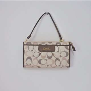 COACH Authentic Sling Pouch Wallet Bag