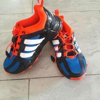 Adidas kids sport shoe