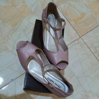 Dusty Pink Gliter Shoes
