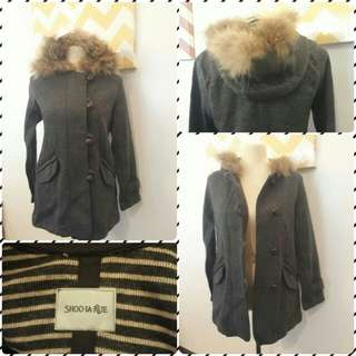 Jacket with fur faux