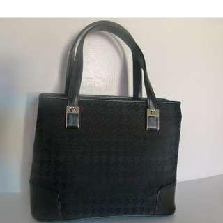 Mila Schon  Hand bag