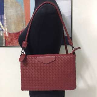 RED LEATHER WEAVE 2 WAY BAG