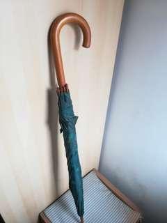 半島酒店雨傘