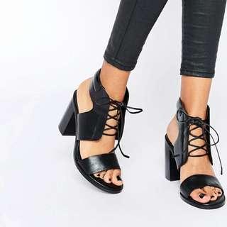 Senso Black Lace Up Heel