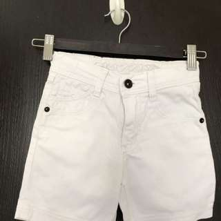 White shorts for boys3-5 yold