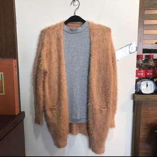 🚚 毛海罩衫