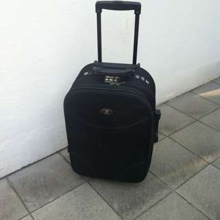 Swiss Polo 22 inches luggage with combination lock. In good condition.