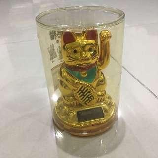 Dekorasi toko/ rumah - kucing emas