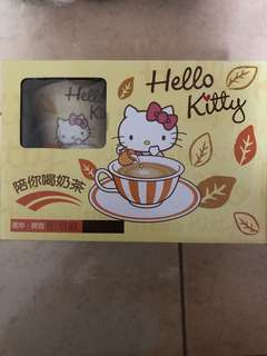 [PROMO]Sanrio Hello Kitty Milk Tea sachet with Mug