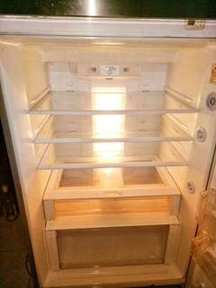 FOR SALE TOP MOUNT FREEZER