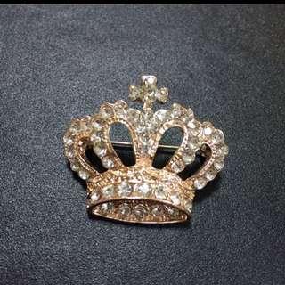 Brand new Diamond crown brooch