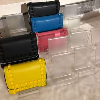 Acrylic Wallet Stand