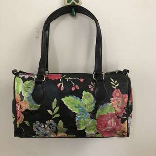 花朵圖樣設計 復古手提包