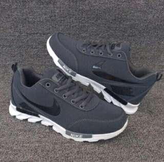 Nike,1,100 siz39 to 40