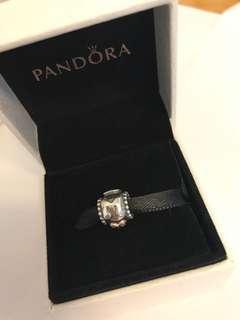 Pandora經典14k媽咪charm