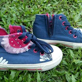 Converse style Disney girls sneakers