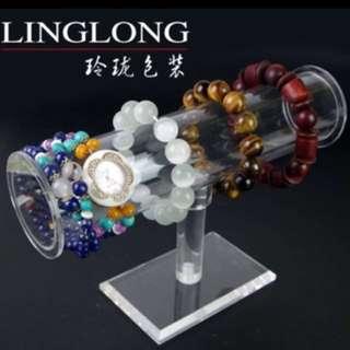 BN acrylic jewellery display