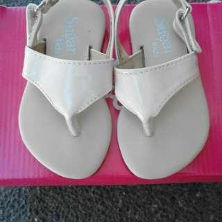 Sandal crib couture