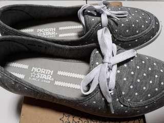 Sepatu NS