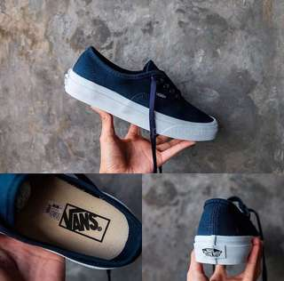 Vans Auth Blue size 40 second