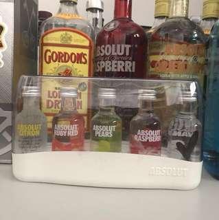 Absolut Vodka Minatures Set