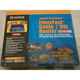 BNIB Linksys EtherFast Cable / DSL Router with 4 port switch