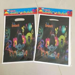 $3 per packet of 10 trolls birthday loot bag
