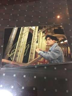 TFBOYS 易烊千玺 亲笔签名照片  宣传照 034