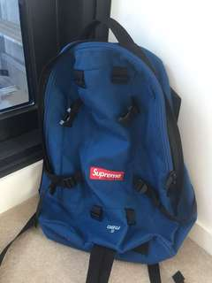 Supreme 32th backpack
