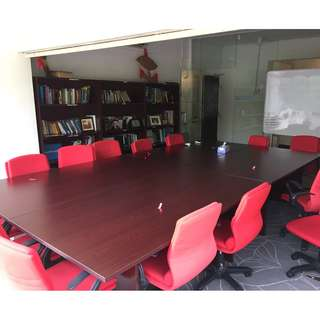 6.5ft x 3.6f Meeting Table to Clear (Highly Negotiable)