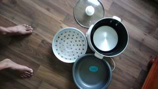 Jakada rice cooker n steam for bun n other  new only no box never used before