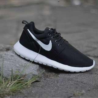 Sepatu Nike Roshe Run Grade Original