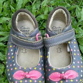 Clarks original girls shoes