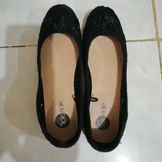 Patterned Black dull shoes