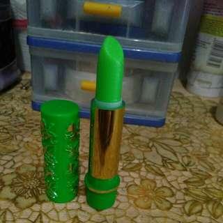 Lipstik lipbalm hare