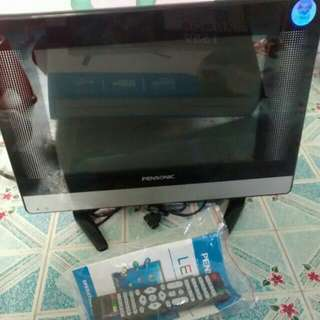 "For Sale Only Pensonic 15"" LED TV"