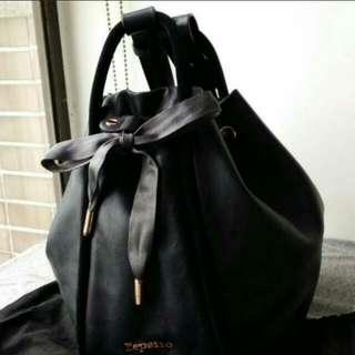😎👉Preowned Repetto drawstring fisherman handbag. Made in Tunisia