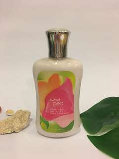 Bath and Body Works Sweet Pea Lotion (Original)