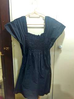 Seventeen black sleeveless top