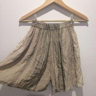 Flowy shorts size 6-10