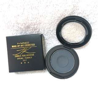 M.A.C Into The Well Eye Shadow 2.25g 原價$110