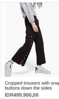 Stradivarius button pants