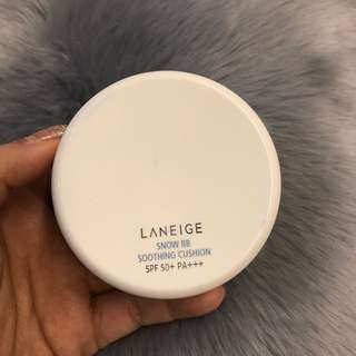 LANEIGE SNOW BB SOOTHING CUSHION SPF 50+ PA+++ SHADE 21 NATURAL BEIGE