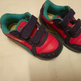 Puma toddler running shoes