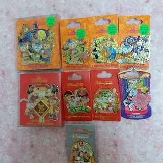 全新 香港迪士尼 節日限定 徽章 多款